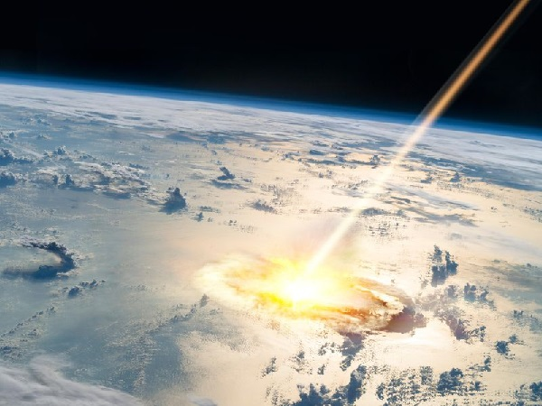 https: img.okezone.com content 2019 09 10 56 2103077 ilmuwan-ungkap-hantaman-asteroid-yang-punahkan-dinosaurus-o7ywRGiQNX.jpg