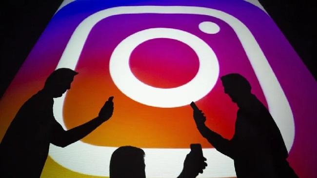 https: img.okezone.com content 2019 09 10 56 2103104 studi-ungkap-alasan-seseorang-memusatkan-mata-kiri-saat-selfie-di-instagram-dXnkTjPk2t.jpg