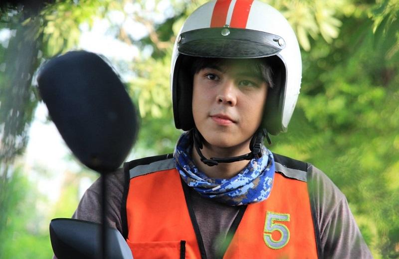 https: img.okezone.com content 2019 09 11 206 2103493 bike-man-film-komedi-thailand-tentang-tukang-ojek-ELSn9RIzDT.jpg
