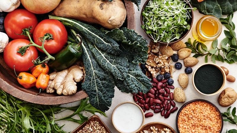 https: img.okezone.com content 2019 09 13 298 2104474 pola-makan-sehat-yang-bisa-selamatkan-bumi-dari-kerusakan-BC1iXjD8tZ.jpg