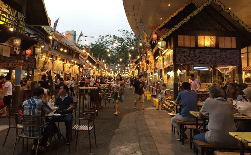 https: img.okezone.com content 2019 09 14 298 2104715 siap-siap-festival-kuliner-siap-manjakan-lidah-foodies-di-jakarta-9QBM7u0bwX.jpeg