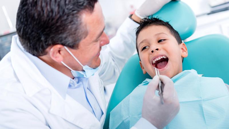 https: img.okezone.com content 2019 09 14 481 2104761 bahan-baku-yang-paling-dibutuhkan-di-kedokteran-gigi-namun-masih-impor-zl83xfuPCv.jpg
