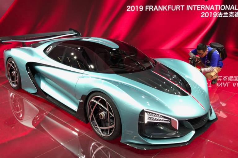 https: img.okezone.com content 2019 09 17 52 2105966 ini-tampang-gahar-mobil-konsep-china-yang-pamer-di-frankfurt-motor-show-2019-ZyfnMlF5ZT.jpeg