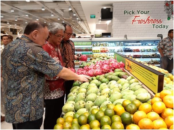 https: img.okezone.com content 2019 09 19 11 2106842 hero-supermarket-casa-domaine-sediakan-produk-impor-dan-lokal-berkualitas-gmCoqybEpz.jpg