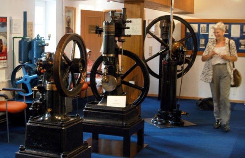 https: img.okezone.com content 2019 09 20 52 2107318 mengenal-sejarah-mesin-diesel-dimulai-abad-ke-19-JwwCh0F9RK.jpg