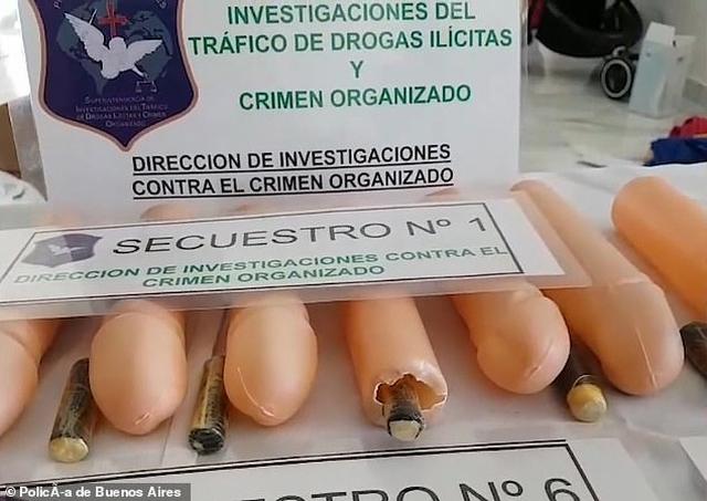 https: img.okezone.com content 2019 09 21 18 2107664 pengedar-narkoba-ini-seleundupkan-kokain-melalui-penis-plastik-FKgr2J0isn.jpg