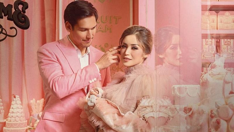 https: img.okezone.com content 2019 09 21 194 2107572 manisnya-pesona-jessica-iskandar-saat-prewedding-bak-barbie-dan-ken-iwmU6zTVE0.jpg
