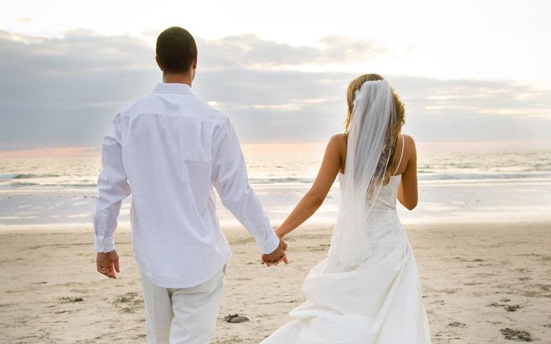 https: img.okezone.com content 2019 09 21 196 2107574 4-risiko-nikah-muda-sudah-yakin-bZcgShKXLm.jpg