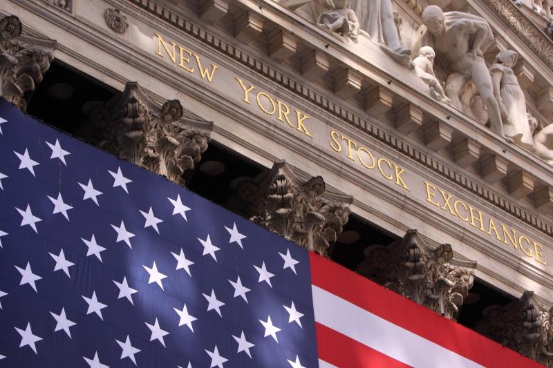 Wall Street Terkoreksi Imbas Delegasi China Batalkan Kunjungan ke Montana AS : Okezone Economy