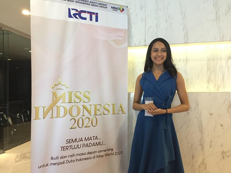 https: img.okezone.com content 2019 09 22 194 2107913 audisi-miss-indonesia-2020-gadis-cantik-ini-ingin-beri-dampak-positif-bagi-indonesia-fdFzSUTf4k.jpg
