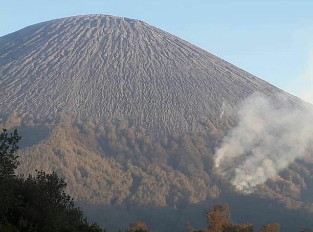 Pendakian Ke Gunung Semeru Ditutup Total Imbas Kebakaran Di Ranu Kumbolo Okezone News