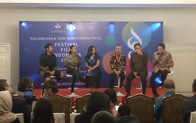 https: img.okezone.com content 2019 09 24 206 2108582 festival-film-indonesia-2019-hadirkan-terobosan-baru-C6gbuR1glG.jpg