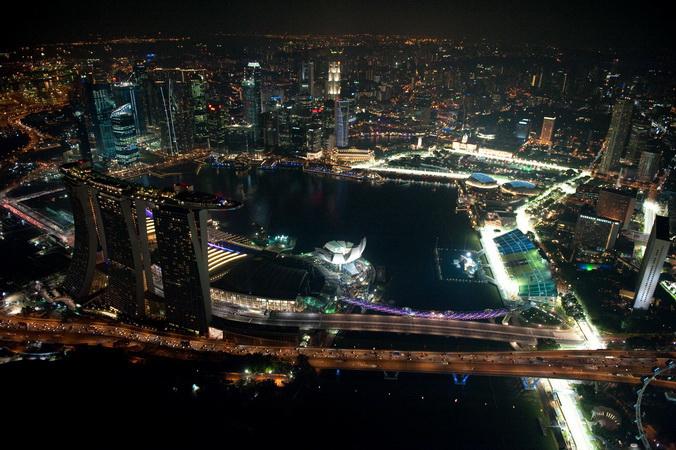 https: img.okezone.com content 2019 09 24 37 2108775 cara-stb-agar-grand-prix-season-singapore-berjalan-menarik-tiap-tahun-Zbn36r3cZ6.jpg