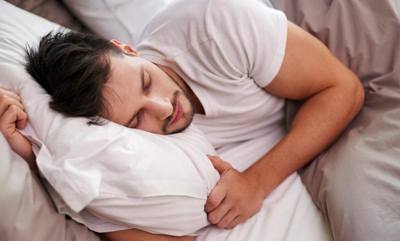 https: img.okezone.com content 2019 09 27 481 2110101 tidur-saat-lapar-tidak-baik-untuk-kesehatan-ini-kata-ahli-gizi-6yknRV8h6M.jpg