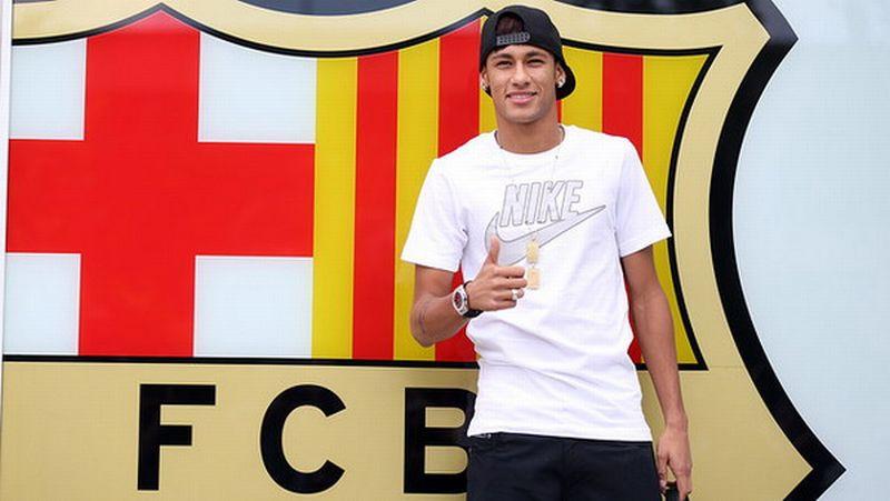 https: img.okezone.com content 2019 09 27 51 2110108 neymar-sangat-ingin-pulang-ke-barcelona-untuk-rasakan-kebahagiaan-lagi-iyzCMlaNpH.jpg
