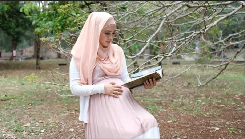 Ibu Hamil Sering Baca Surat Yusuf Dan Maryam Benarkah Bisa