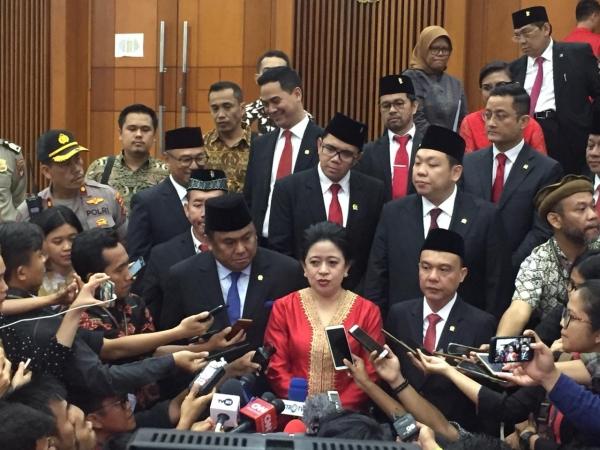 https: img.okezone.com content 2019 10 02 337 2111768 jadi-ketua-dpr-puan-maharani-bakal-menginspirasi-perempuan-indonesia-3YREouZw6Z.jpg