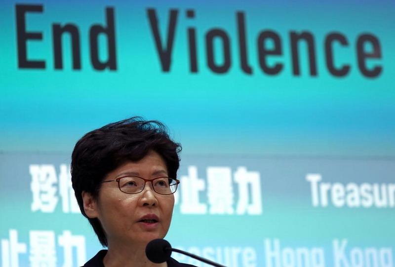https: img.okezone.com content 2019 10 04 18 2112902 pertama-kali-dalam-lima-dekade-hong-kong-aktifkan-uu-darurat-untuk-atasi-kekerasan-2xp9FB3ryD.jpg