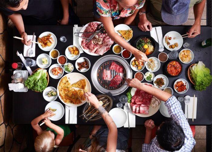 https: img.okezone.com content 2019 10 04 298 2113053 5-kesalahan-saat-makan-di-restoran-all-you-can-eat-rugi-banget-xLEgoFq250.jpg