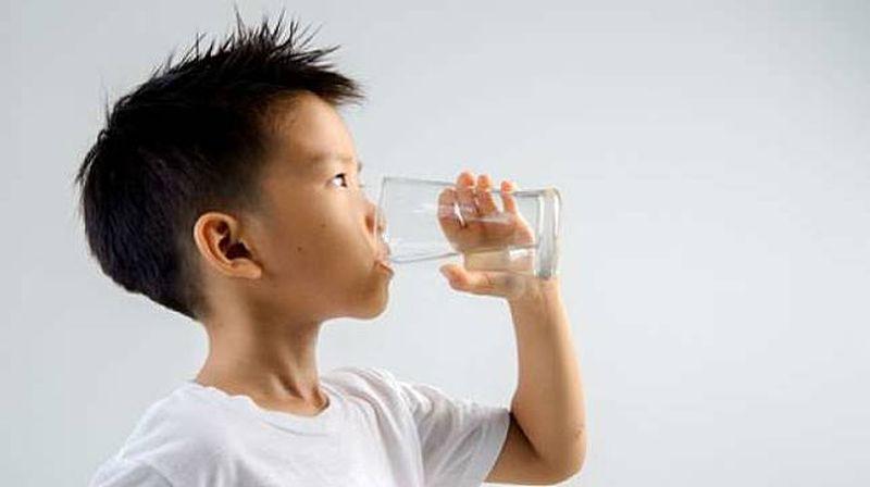 https: img.okezone.com content 2019 10 04 481 2112943 kenali-gejala-dehidrasi-pada-anak-terlambat-bisa-sebabkan-kematian-loh-XPGr0xqrUl.jpg
