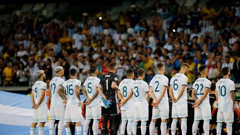 https: img.okezone.com content 2019 10 04 51 2112884 di-maria-messi-buat-timnas-argentina-menangis-yzAQDaoHqj.jpg