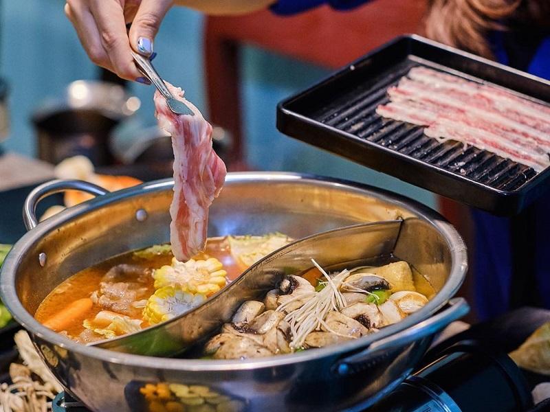 https: img.okezone.com content 2019 10 05 298 2113197 tak-selalu-mahal-makan-di-5-restoran-all-you-can-eat-ini-cuma-modal-rp100-ribu-lkortdqs9l.jpg