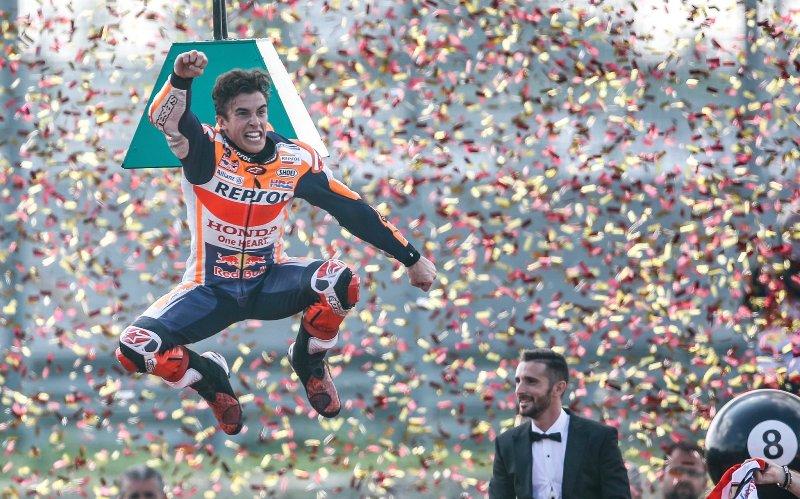 https: img.okezone.com content 2019 10 06 38 2113550 marquez-gelar-juara-motogp-2019-lebih-indah-ketimbang-2014-VXAcnLbPf4.jpg