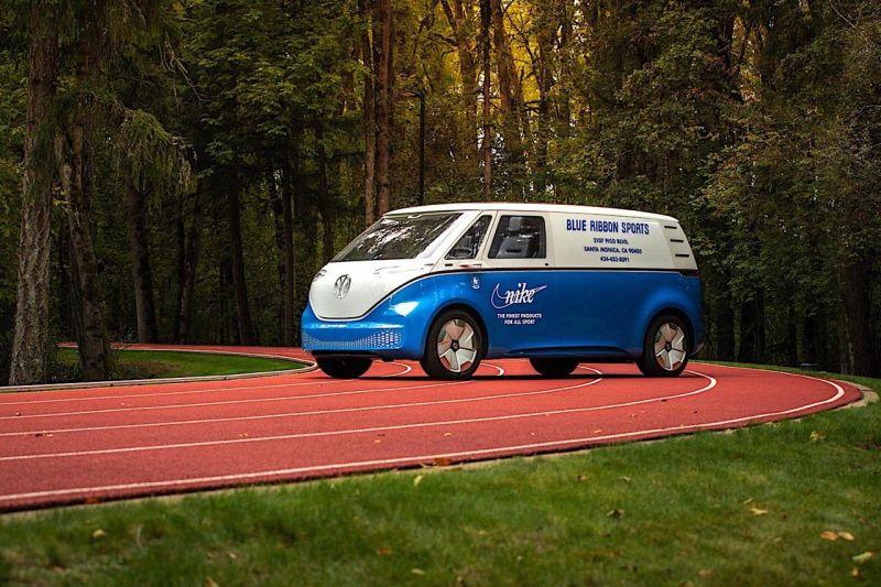 https: img.okezone.com content 2019 10 06 52 2113454 volkswagen-kembangkan-mobil-listrik-hasil-kolaborasi-dengan-nike-KHbcdJY5Hc.jpg