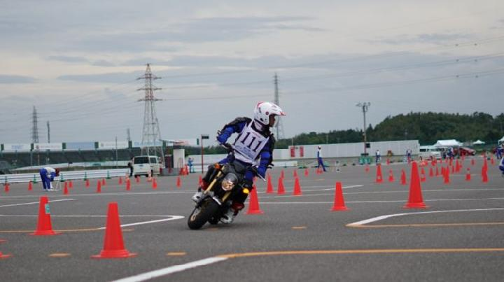 https: img.okezone.com content 2019 10 06 53 2113486 instruktur-safety-riding-ahm-kembali-bertaji-di-jepang-7QLWujK28J.jpg