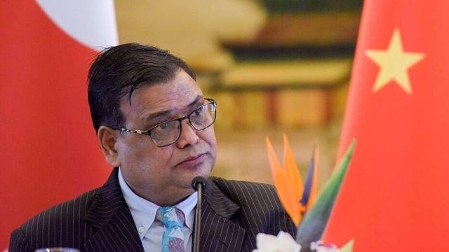 https: img.okezone.com content 2019 10 07 18 2113848 mantan-ketua-parlemen-nepal-ditangkap-atas-tuduhan-pemerkosaan-QwG011KGqb.jpg