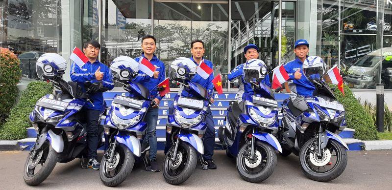 https: img.okezone.com content 2019 10 07 53 2114067 lima-tahun-yamaha-blue-core-lima-riders-vietnam-jelajahi-indonesia-Kw5WKzg0HX.jpg