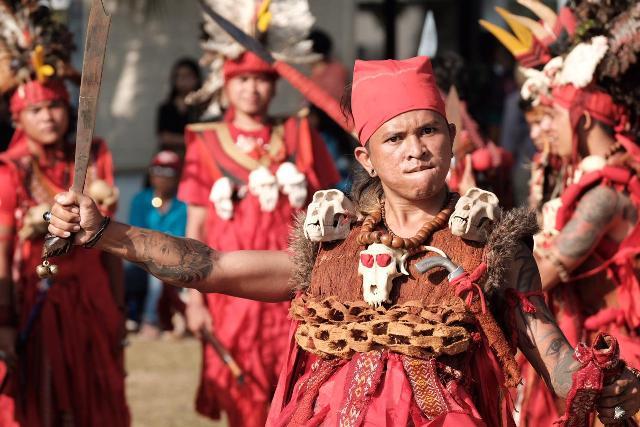 https: img.okezone.com content 2019 10 08 1 2114270 festival-pesona-selat-lembeh-2019-promosikan-bitung-sebagai-destinasi-wisata-bahari-KJLrlJ8IRv.jpeg