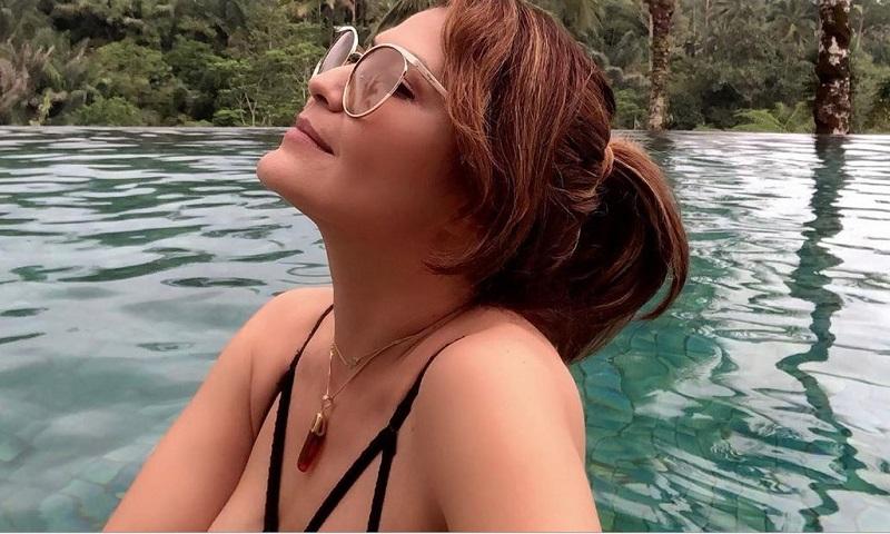 https: img.okezone.com content 2019 10 08 194 2114132 tampilan-seksi-tamara-bleszynski-dengan-bikini-hitam-bikin-netizen-heboh-AZNpFtzzkg.jpg