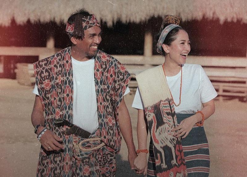 https: img.okezone.com content 2019 10 09 33 2114890 konfirmasi-kehamilan-istri-glenn-fredly-love-you-both-saSwYoMUqV.jpg