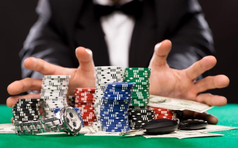 6 Fakta Penggerebekan Kasino di Apartemen Robinson, Nomor Terakhir  Mencengangkan : Okezone Nasional