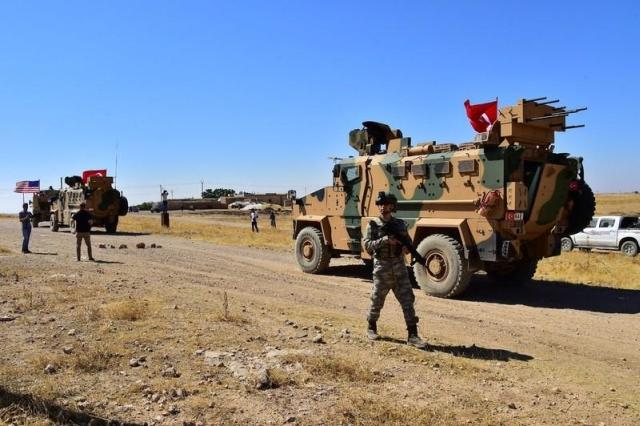 https: img.okezone.com content 2019 10 10 18 2115263 turki-luncurkan-serangan-darat-dan-udara-ke-suriah-ihZ1wc55XD.jpg