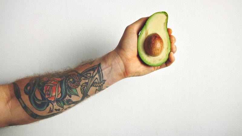 https: img.okezone.com content 2019 10 10 485 2115284 diet-vegan-bisa-bikin-gairah-seks-makin-hot-VanvpRfSrm.jpg