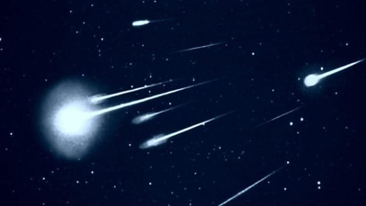 https: img.okezone.com content 2019 10 10 65 2115271 meteor-meteorit-atau-meteoroid-ini-dia-perbedaannya-puVzalYtBw.jpg