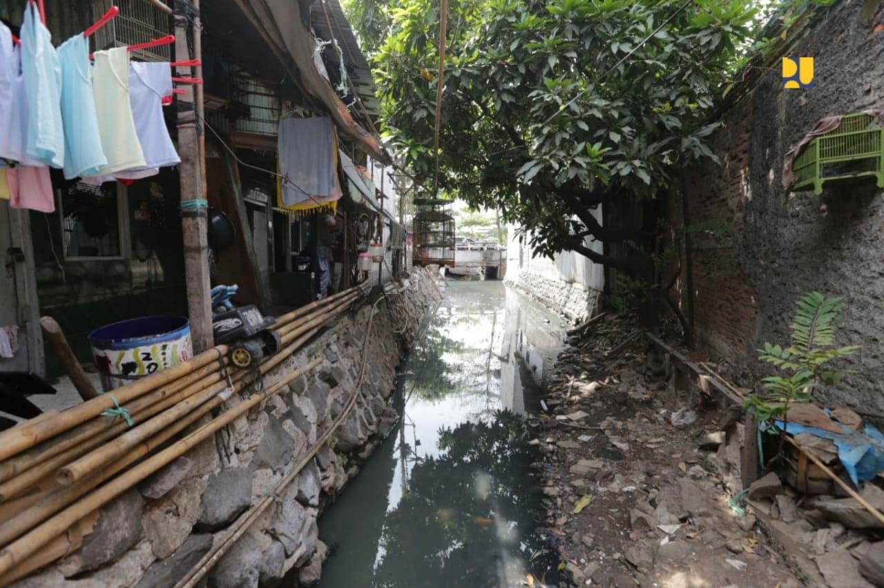 https: img.okezone.com content 2019 10 11 320 2115601 atasi-masalah-sanitasi-pupr-bangun-instalasi-pengolahan-air-limbah-ferfz2P7vz.jpeg