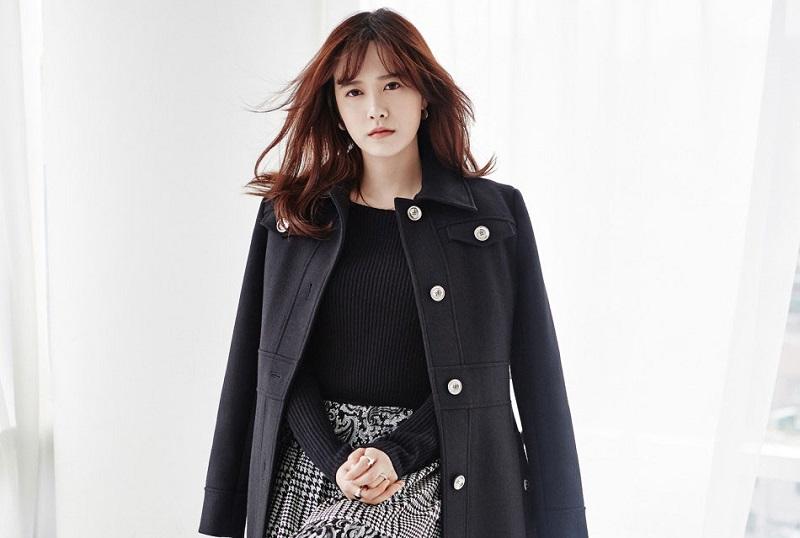 https: img.okezone.com content 2019 10 11 33 2115786 goo-hye-sun-beberkan-bukti-perselingkuhan-ahn-jae-hyun-ke-instagram-8SOd7mLKql.jpg