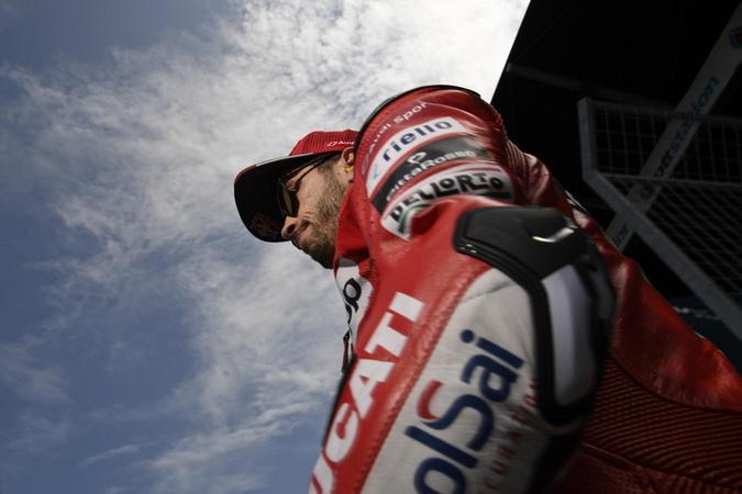 https: img.okezone.com content 2019 10 11 38 2115878 cuma-pembalap-ducati-yang-bisa-hentikan-dominasi-rider-spanyol-di-motogp-jepang-JMElYoCP0K.jpg