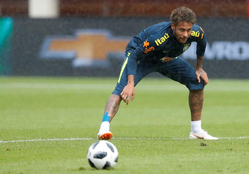 https: img.okezone.com content 2019 10 12 46 2116103 liga-spanyol-buka-pintu-lebar-untuk-kepulangan-neymar-mourinho-dan-guardiola-GE652wGDeN.jpg