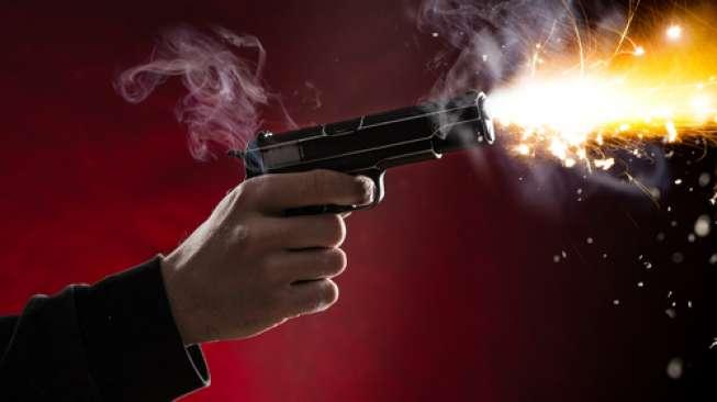 https: img.okezone.com content 2019 10 13 337 2116353 teroris-suherman-yang-menembak-polisi-divonis-hukuman-mati-kHEOUGUcDh.jpg