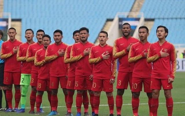 https: img.okezone.com content 2019 10 13 51 2116335 timnas-indonesia-u-22-masih-belum-mampu-bobol-gawang-yordania-di-babak-pertama-IWNMhstTcR.jpg
