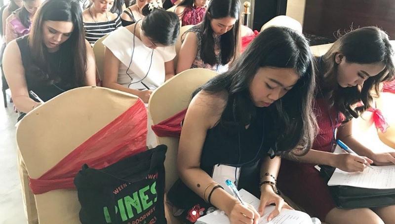 https: img.okezone.com content 2019 10 14 194 2116449 demi-ikut-audisi-miss-indonesia-2020-mahasiswi-dari-malang-kunjungi-yogyakarta-CtnXg9jLdc.jpg