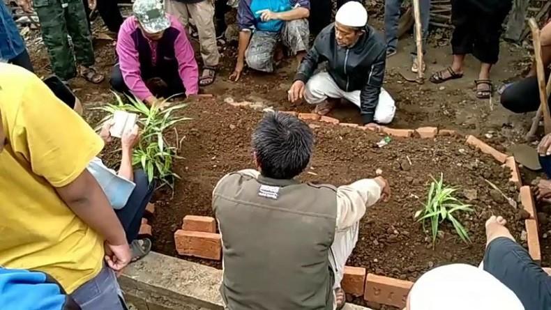 https: img.okezone.com content 2019 10 14 337 2116673 napi-teroris-asal-tasikmalaya-meninggal-di-lapas-nusakambangan-JSVvdOQQP2.JPG