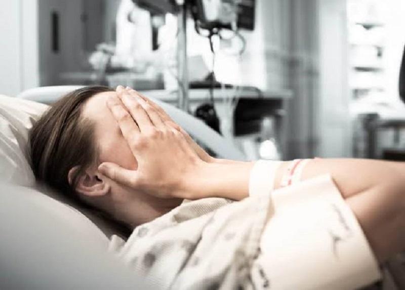 https: img.okezone.com content 2019 10 14 481 2116567 menanti-lama-hati-dyla-terpukul-keguguran-di-usia-kehamilan-9-bulan-VkG9B53hTt.jpg