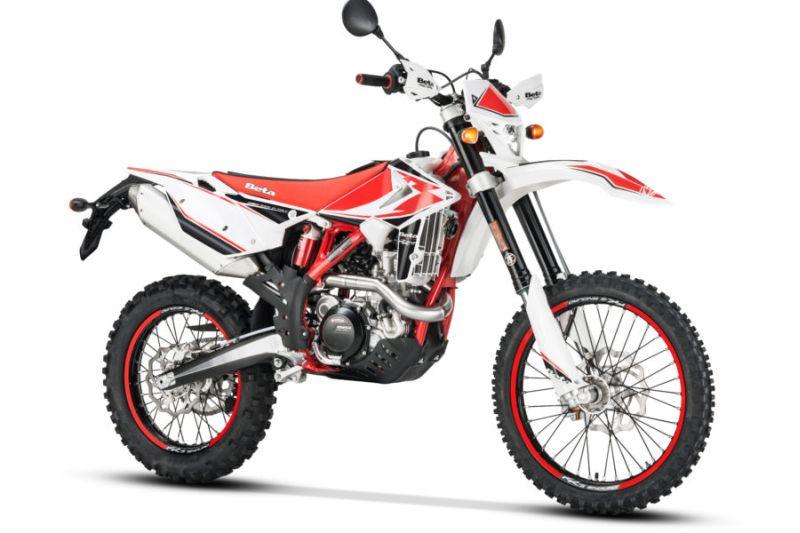 https: img.okezone.com content 2019 10 14 53 2116731 5-motor-dua-alam-yang-bisa-jadi-pilihan-bikers-qTSqaoOvgA.jpg