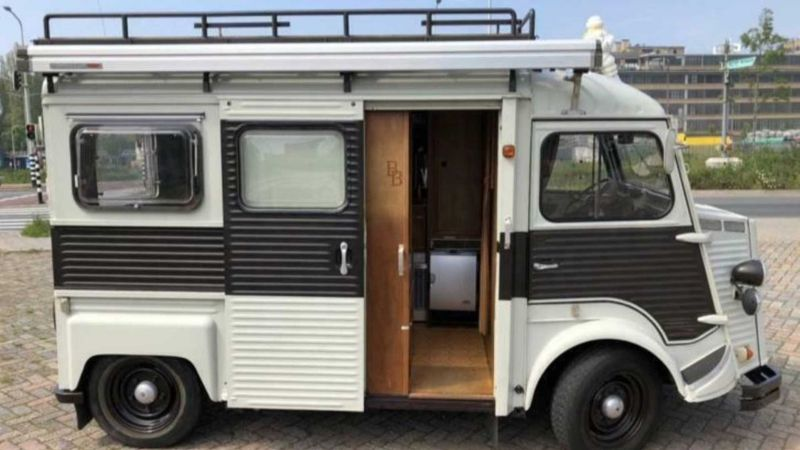 https: img.okezone.com content 2019 10 15 312 2117182 model-boleh-jadul-interior-mobil-camping-ini-seperti-kapal-pesiar-MOlNeXCYlJ.jpg