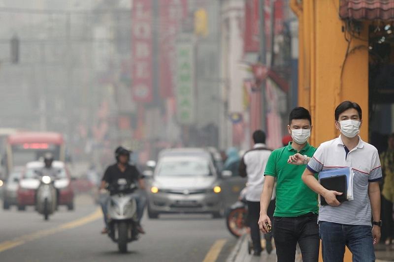 https: img.okezone.com content 2019 10 15 481 2117358 waspada-polusi-udara-bisa-tingkatkan-risiko-keguguran-JnibCV6dG2.jpeg